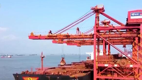 铁矿石价格大幅度大涨 期货价格创近10个月新高