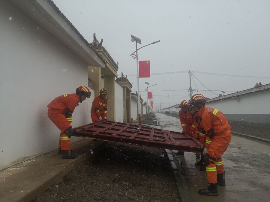 云南漾濞、青海玛多地震抢险救援纪实
