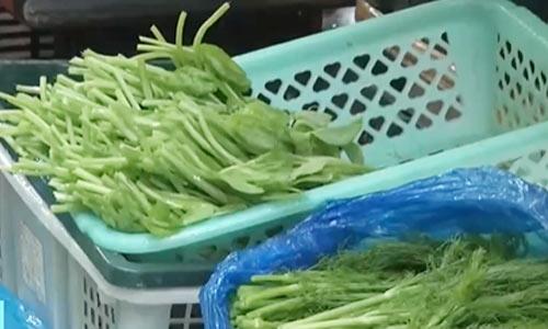 云南昆明:天冷火锅热 火锅食材销量增加